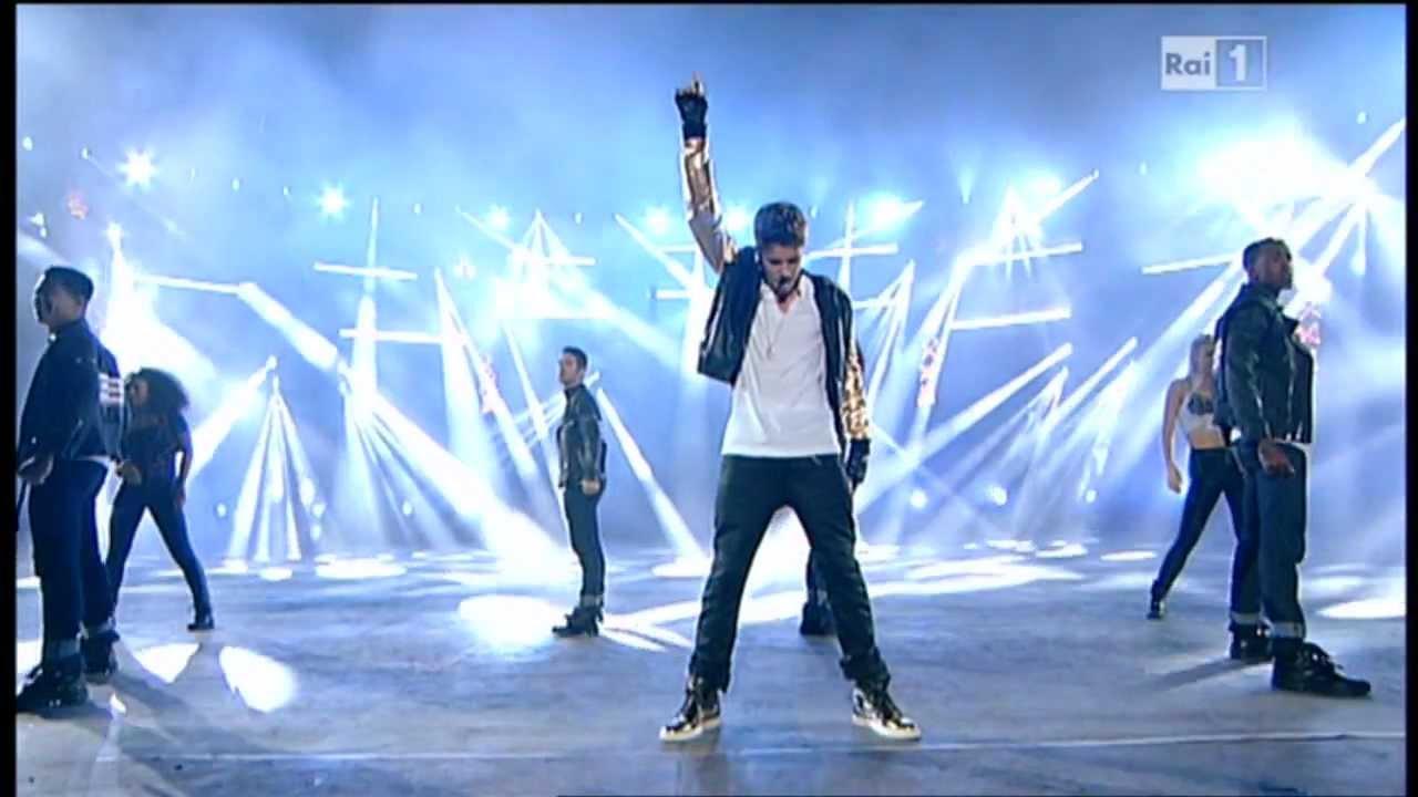 """Download Justin Bieber """"Boyfriend"""" Live in Italy - Arena di Verona - 2012 MP3 Gratis"""