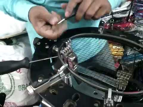 How To String  Badminton Racket