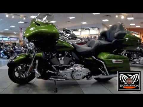 A walk around Harley Davidson FLHTKSE 2017 Ultra Limited CVO 2018.