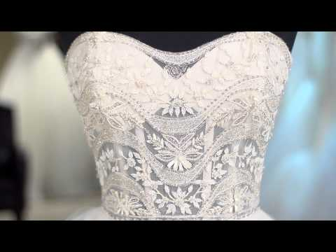Tips on Choosing Hawaiian Beach Wedding Dresses : Wedding Dress Advice