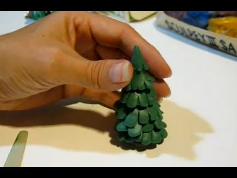 Tutorial: Christmas Tree made with Polymer Clay (cartoon style, pretty easy, no ornaments)