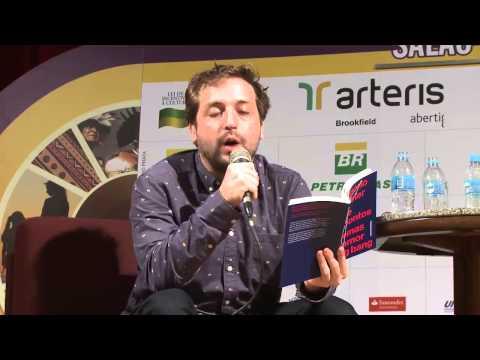 Gregório Duvivier declama o poema posto nove e meio na 14ª Feira