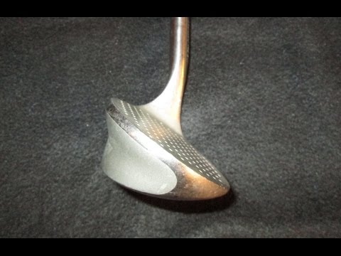 How to Use the Alien Sand Wedge Golf Club for Bunker Shots