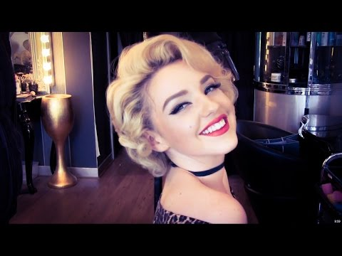 Authentic Marilyn Monroe Wet Roller Hair Set