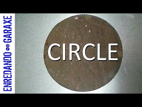 Cut a circle in a metallic sheet using the jigsaw table