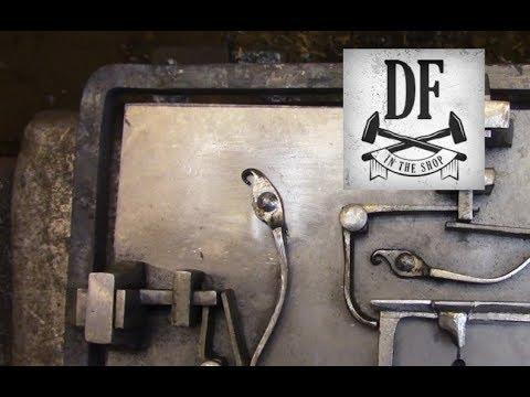 Blacksmithing Project - A Simple Nuremberg Box 16