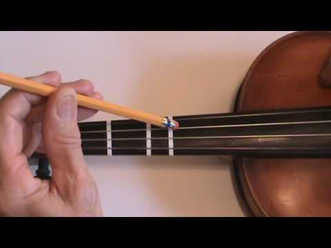 Twinkle Little Star on Violin Pluck Strings to Memorize Melody 201605201219451
