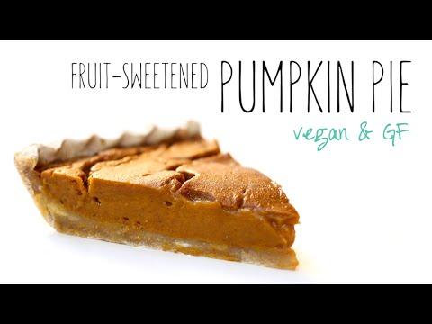 Fruit-Sweetened Pumpkin Pie // gluten-free, high carb, vegan