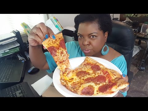 Extra CHEESY Pepperoni Pizza(movie review)•Mukbang