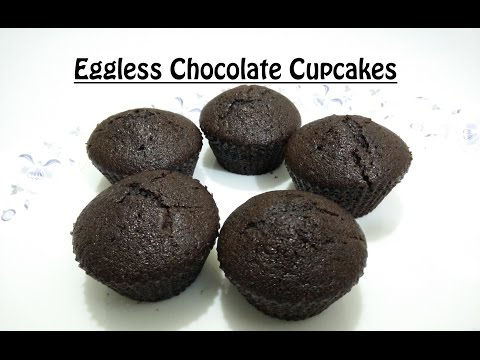 Eggless Chocolate Cupcakes Recipe in Hindi By Cooking with Smita