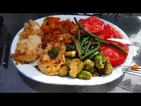 What's for Lunch 🍴 Grilled Chicken, Sauteed Peppers Okra Green Beans Garlic Onions LOW CARB