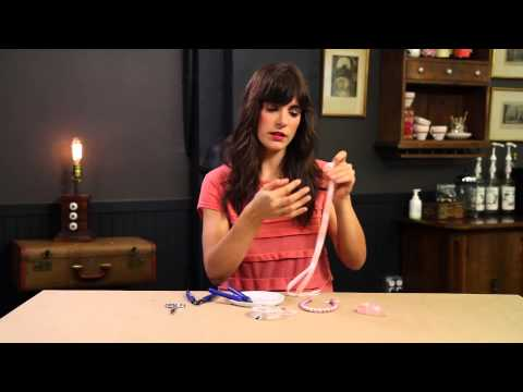 How to Dye a Pearl Necklace to Match Bridesmaid Dresses - DIY Weddings