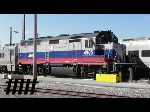 Metro-North Trains at Port Jervis, New York MTA GP40FH-2M 4905 with NJ Transit & MTA Cars