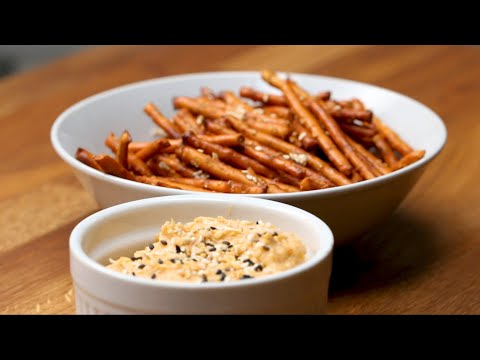 Pretzels and Beer Cheese Spread