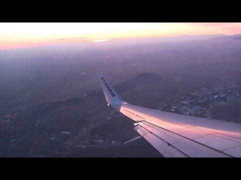 Ryanair Landing Milan Bergamo