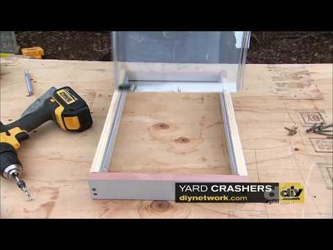 Customizing a Doggy Door - DIY Network