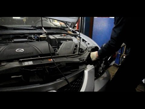 How to replace the headlight on a Mazda 3