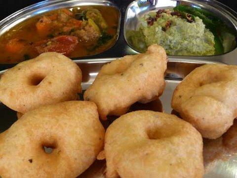 How to make Medu Vada - South Indian Recipe