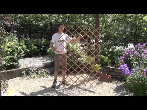 Large Expanding Timber Garden Trellis