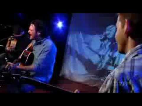Blake Shelton - She Talks To Angels (Stripped)