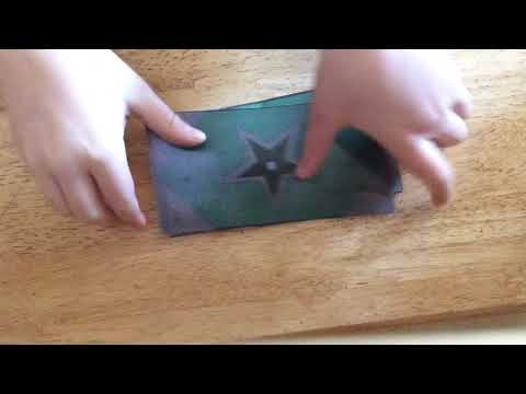 Magic trick with money or fake money