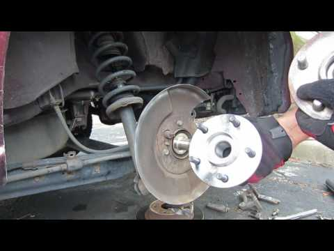 1997 Infiniti i30 Rear Wheel Hub Installation/Replacement