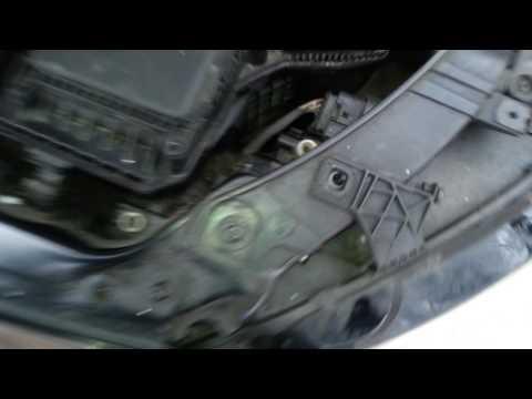 Replacing headlight bulb 2009 B8 Audi a4