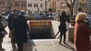 Italy earthquakes: Rome subway closed after three tremors