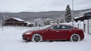 Tesla Model S Customer Stories - Winter Driving in Norway