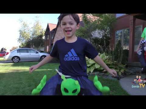 Spooky Halloween Costumes   Costume Show   MorphSuits   Digital Dudz   DavidsTV