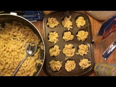 Deep Fried Mac N Cheese Balls