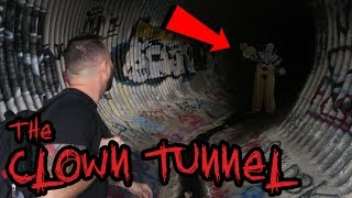 HUMAN REMAINS!) SISTER SISTER CHALLENGE IN HAUNTED FAZE RUG TUNNEL