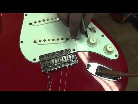 81 Squier: Volume pot replacement and some other stuff.