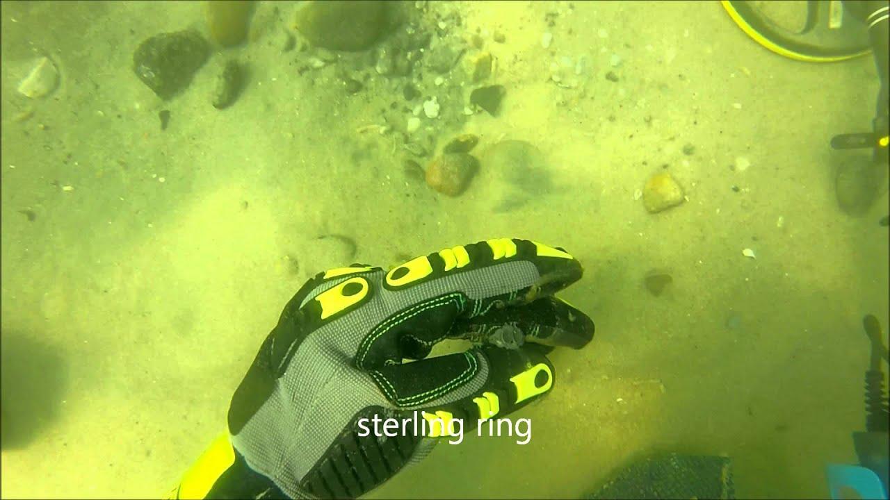 Underwater Metal Detecting a Vintage Swim Beach