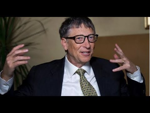 Bill Gates Mockingly Explains The Difference Between HIV and HPV To Trump || MSNBC