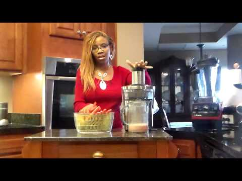 365 Days of Raw Food Challenge day 10 Grapefruit Juice Recipe