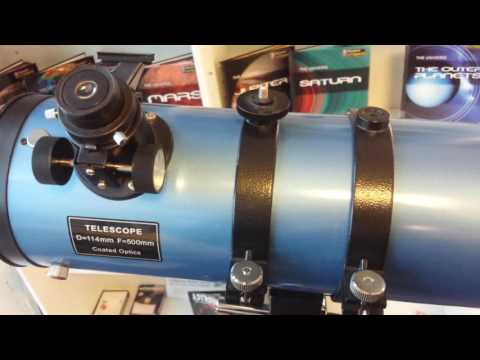 A Simple Newtonian Reflecting Telescope