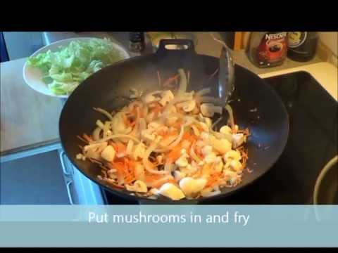 Chicken with carrots and mushrooms