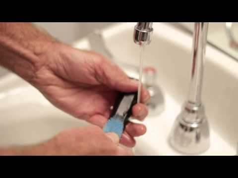How to Use a Clarinet Mouthpiece Brush : Flute & Clarinet Basics