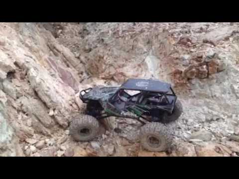 Drifting and rock crawling ( RC Session )