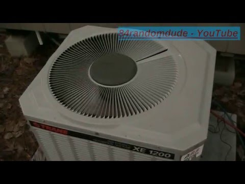 Testo 550 analyzes charge on Trane heat pump