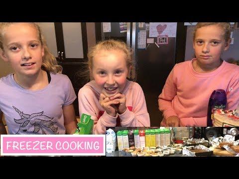 Freezer BAKING With The GIRLS | Australian Family Vlog