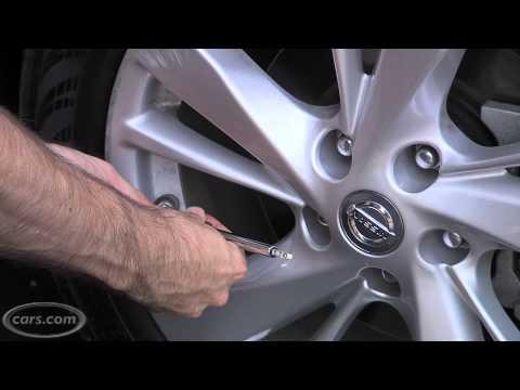 2013 Nissan Altima Easy-Fill Tire Alert
