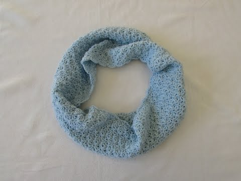 How to crochet a pretty shell stitch cowl / infinity scarf / snood