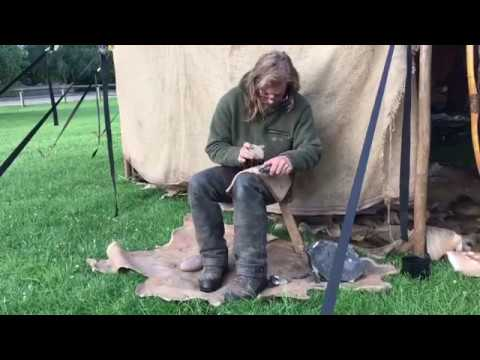 Prehistoric Experiences: 1000 tools Pt 2 Reproducing the oldest tool in Britain
