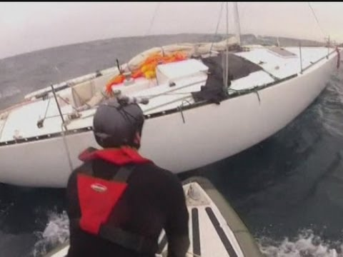 Stricken sailor saved after being spotted by Air Canada passenger plane