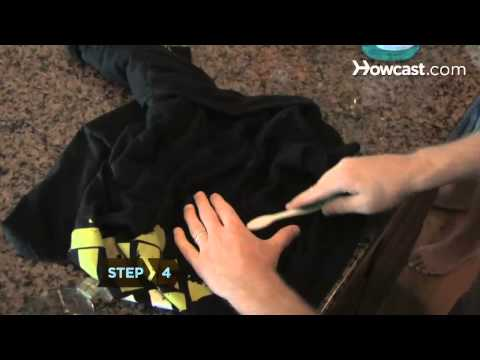 How to Get Oil Stains Out of Clothing, Carpet & Fabric