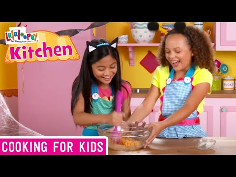 Lalaloopsy Kitchen: How to Make Pumpkin Cake Pops | We're Lalaloopsy | Now Streaming on Netflix!