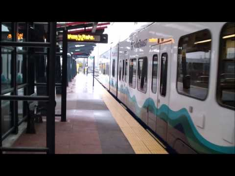 Seattle: Sound Transit: Central Link Light Rail Trains Arriving and Departing Stadium