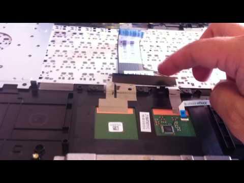 Disassemble Asus F555L Laptop by Computers repair Cote Saint Luc